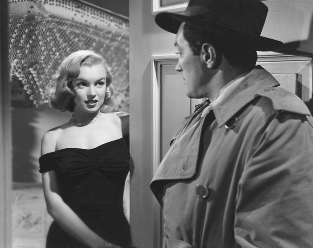 """Marilyn Monroe y Louis Calhern en """"Mientras La Ciudad Duerme"""" (1950), de John Huston. Film Noir"""